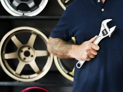 Looking For car Mechanic